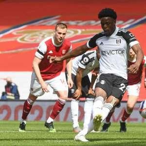 Arsenal empata no último lance, e Fulham luta contra queda