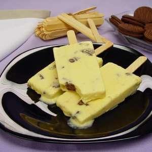 Picolé de creme com cookies: sobremesa de dar água na boca