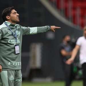 Abel tenta evitar pior sequência no comando do Palmeiras