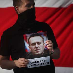 Oposição convoca protesto por Navalny para 21 de abril