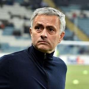 Tottenham anuncia demissão do técnico José Mourinho