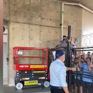 GRÊMIO: O adeus! Despedida de Renato Gaúcho causa aglomeração no aeroporto Salgado Filho
