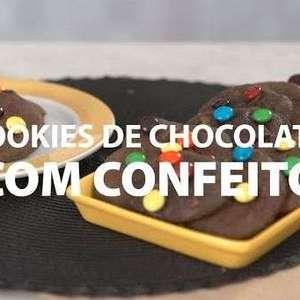 Cookies de Chocolate com Confeito