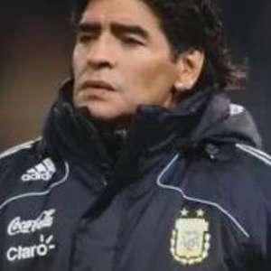 Diego Maradona morre aos 60 anos vítima de ataque cardíaco