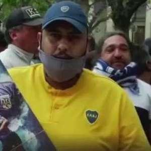 O mundo chora por Maradona