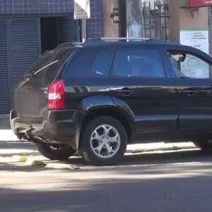 Motoristas desrespeitam vaga de estacionamento para idosos em Cascavel