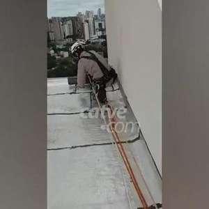 Imagens inéditas mostram aparato dos Bombeiros para resgate a trabalhador