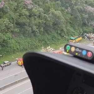 Sobe para 21 número de mortes em acidente com ônibus em Guaratuba