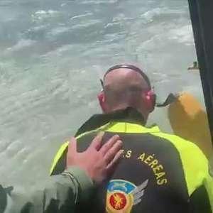 VÍDEO: banhistas são resgatados em Matinhos