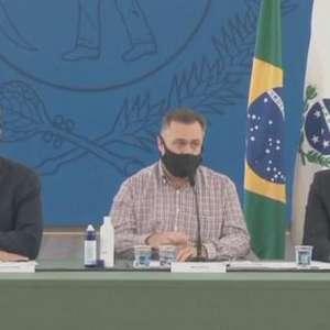 Covid-19: 'Em março o Brasil vai receber 37 milhões de vacinas' diz Beto Preto