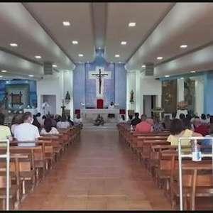 Católicos celebram o Domingo de Páscoa