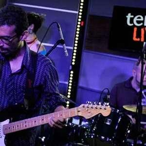 Felipe Cordeiro vai da lambada ao carimbó no Terra Live Music; veja íntegra