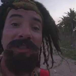 """Mustafary aplica o """"Urso Campeão"""" em mansão à beira-mar"""