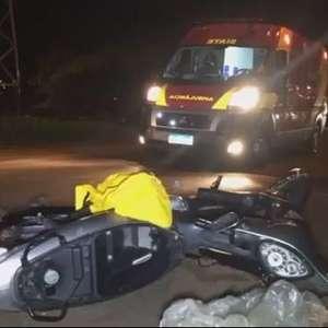 Carro bate de frente com motocicleta no Bairro Brasmadeira