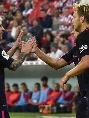El Barça gana al Athletic pero se le escapa el liderato ...