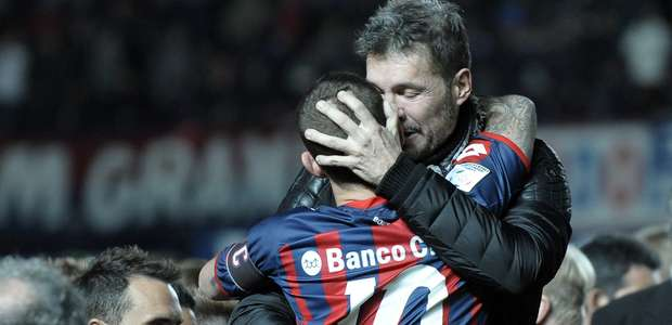 Tinelli agradeció a jugadores e hinchas por maravilloso 2014