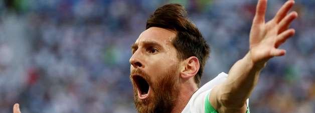 Argentina passa no sufoco; Peru vence no adeus: gols do dia