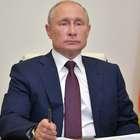 Putin zomba dos EUA por erguer bandeira do arco-íris