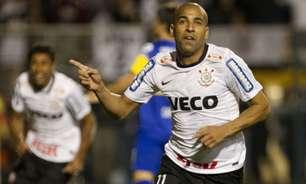 """Sheik: """"Joguei a final da Libertadores com chuteira verde"""""""