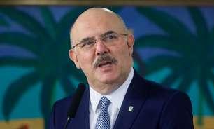 """Ministro sobre ausentes no Enem: """"Joguei R$ 300 mi no lixo"""""""