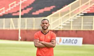 No Vitória, atacante Paulo Victor quer crescimento no clube baiano