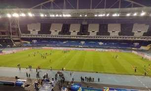 Organização da Copa América cobre escudo e símbolos do Botafogo nas arquibancadas do Nilton Santos