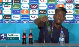 Depois de CR7, Pogba tira cerveja da bancada de entrevistas