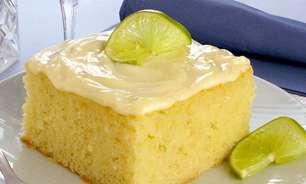 Receita de bolo de limão fácil e fofinho