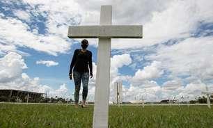 Brasil registra menor média móvel de mortes desde fevereiro