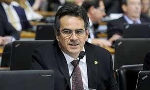 Bolsonarista pode virar ministro e 'colocar' mãe no Senado