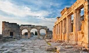 A verdade revelada por trás da misteriosa 'Porta do Inferno' construída pelos romanos