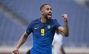 Brasil vence sauditas, avança em primeiro e vai às quartas