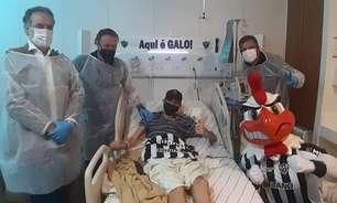 Atlético-MG presta homenagem a torcedor-símbolo que faleceu por complicações de um câncer