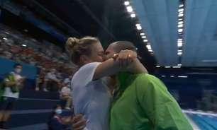 Uma das imagens da Olimpíada parece um beijo de novela