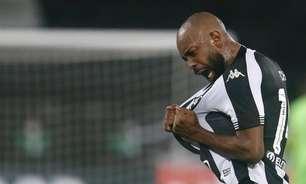 Eu vi o Chay! Com 13 jogos, atacante está a 3 gols de alcançar marca de Matheus Babi pelo Botafogo em 2020
