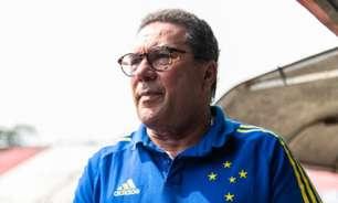 Luxemburgo fala sobre o gramado da Arena do Jacaré: 'Se tiver de jogar no gramado ruim, vamos jogar'
