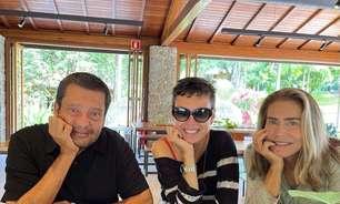 Ex de Maitê Proença foi o cupido com Adriana Calcanhotto