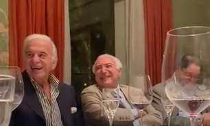 Temer ri de imitação de Bolsonaro em jantar com políticos