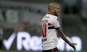 Daniel Alves não foi procurado pelo Coritiba, afirma clube