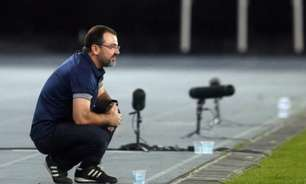 Enderson Moreira reconhece erro de Diego Loureiro no Botafogo, mas ressalta confiança no goleiro