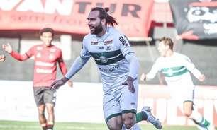 Em sete meses, Léo Gamalho chega a marca histórica no Coritiba