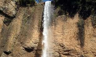 Cachoeira de 75 m fica a 2 h de SP; veja quedas em São Pedro