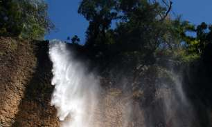 Cachoeira a 2h de SP tem altura de 25 andares; veja fotos