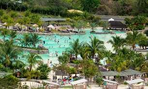 Águas a 37,5°C; veja as praias, piscinas e toboáguas do Rio Quente