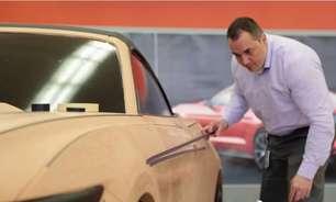 Salão do Automóvel mostra criação de carro com argila