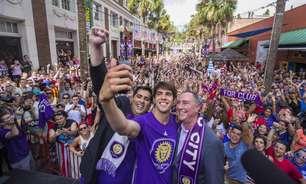 Verba para time de Kaká vale 'sonho americano' a brasileiros