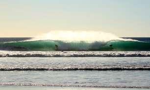 Confira praias para surfe em rotas de cruzeiros