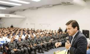 Atual prefeito Geraldo Júlio vota no Recife