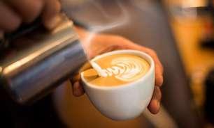 Bar de Vasóvia, na Polônia, serve café com leite materno