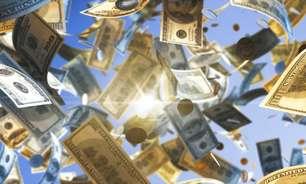 Faça com muitaféa oração para atrair dinheiro